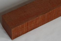Bongossi Schnittholz 100 x 100 mm, AD, *FAS*, sägerau, 4,5m lang